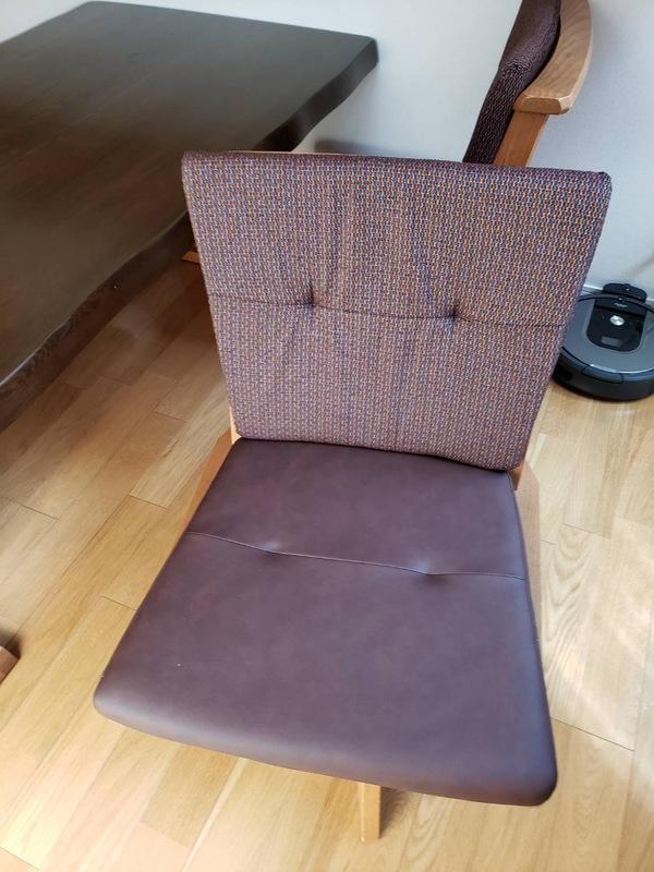 食堂椅子修理(背もたれクッション/座面張替え)のサムネイル